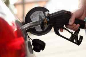 खुशखबरी! पेट्रोल-डीजल हुआ सस्ता, जानिए क्या है आज का रेट
